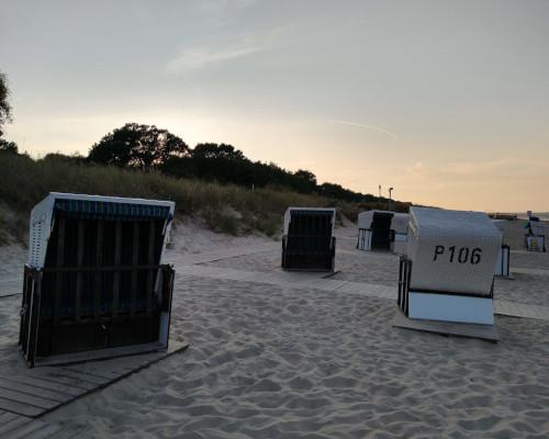 Die barrierefreien Strandkörbe am Koserower Strand